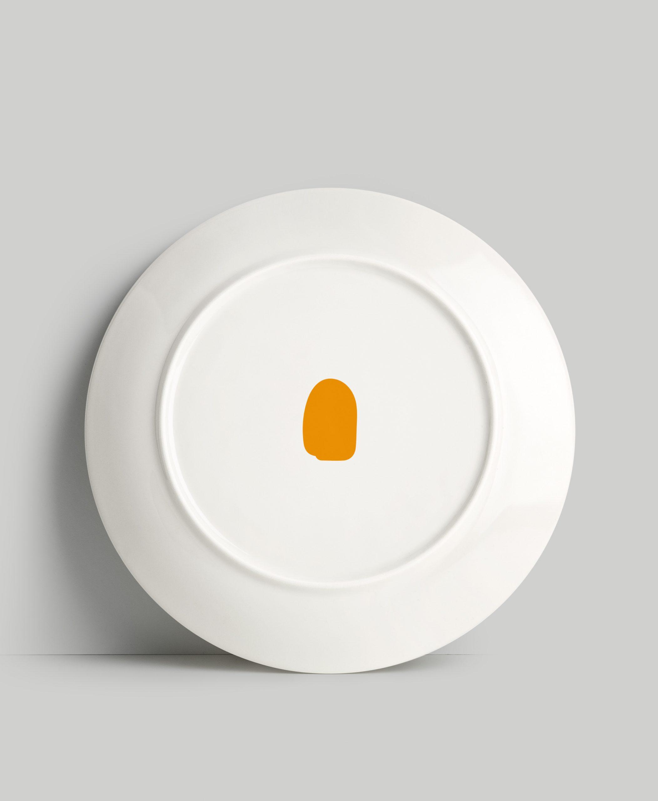 plato-trasera-naranja-esencial